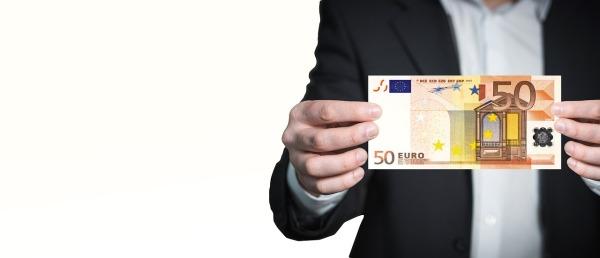 limitación pagos en efectivo