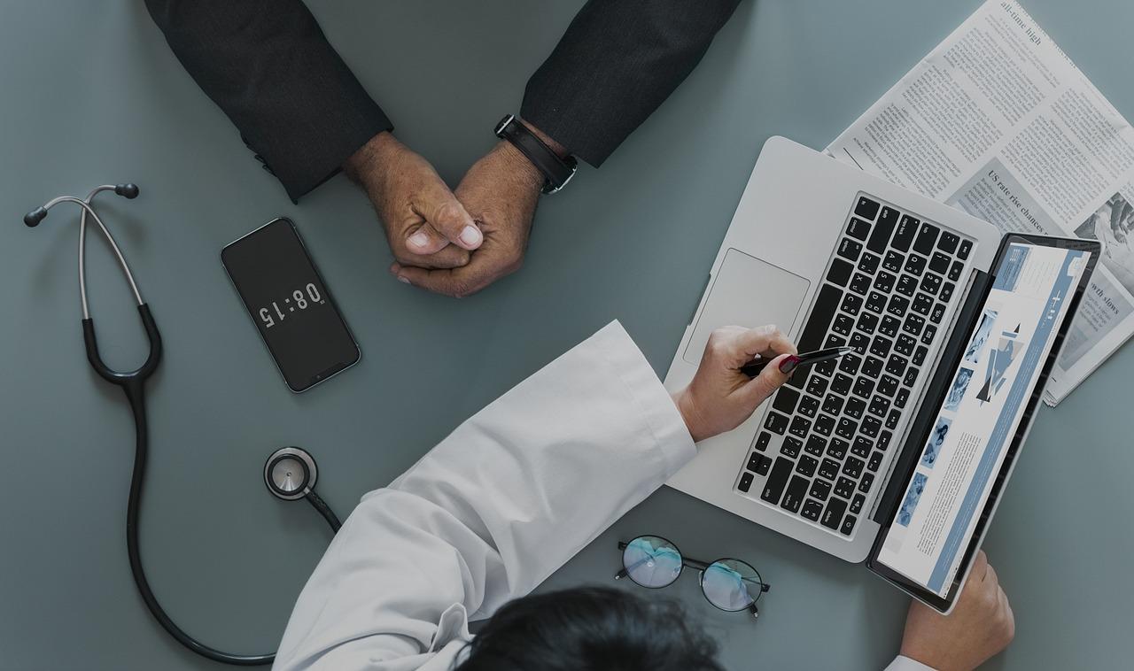 Si estoy de baja médica, ¿qué puedo y qué no puedo hacer para evitar que la empresa me despida?